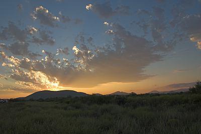Sonnenaufgang am Balmorhea State Park